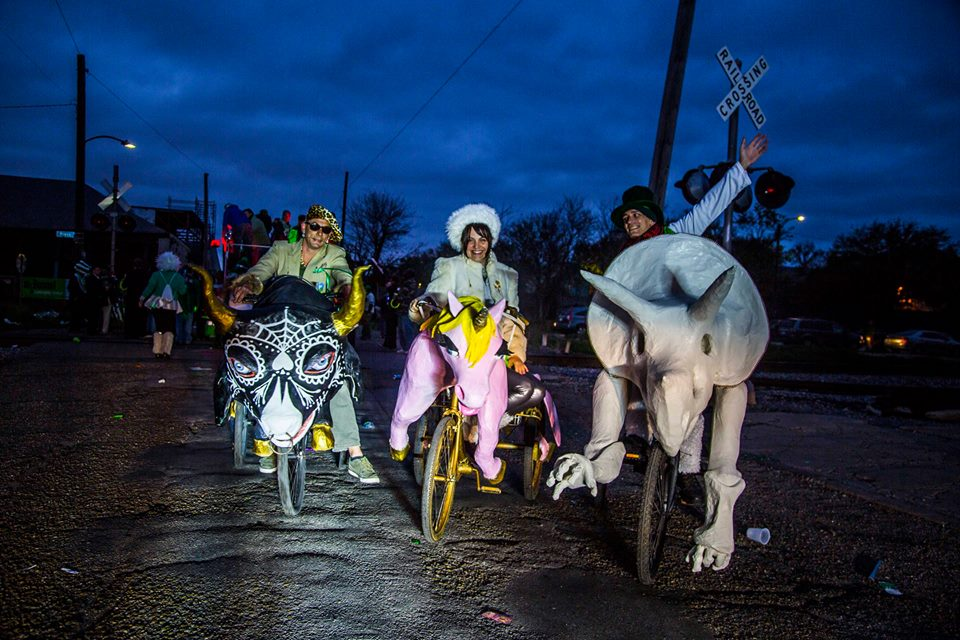 Krewe of Kolossos parade bike with Triceratops theme